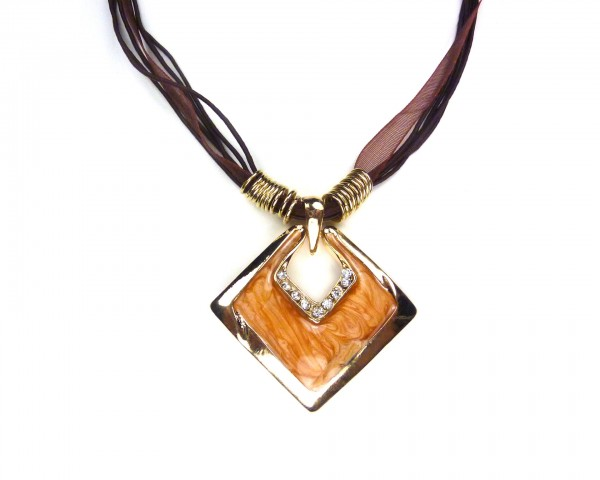 Collier chic marron